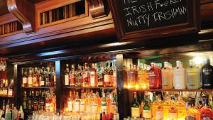 Caseys-Irish-Pub