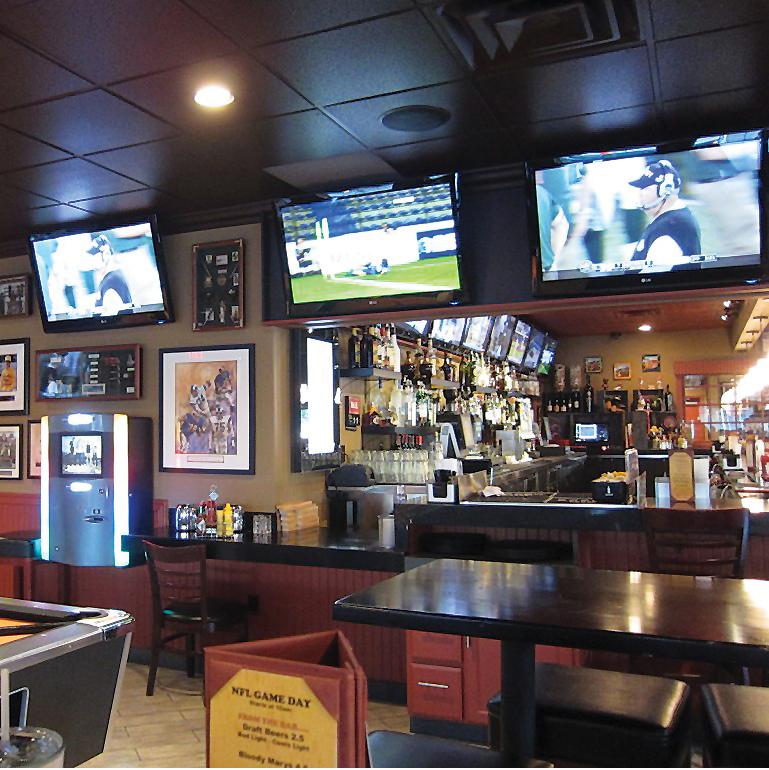 Sports Bars In La 12