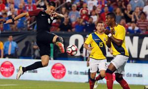 US_Clint-Dempsey_vs_Ecuador