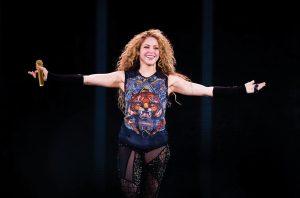 Shakira-Performs-At-The-O2-Arena-june-2018-billboard